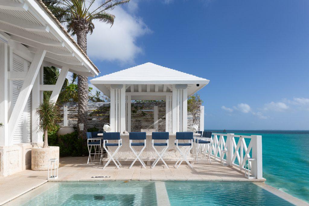 Villa Sha - pool bar