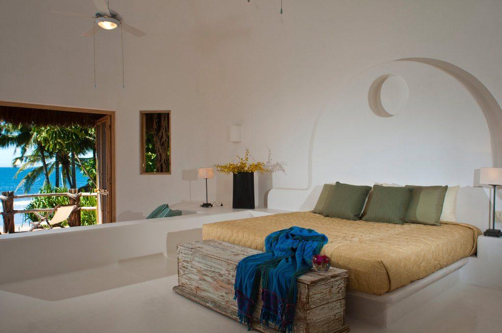 Casa las Palapas - master bedroom