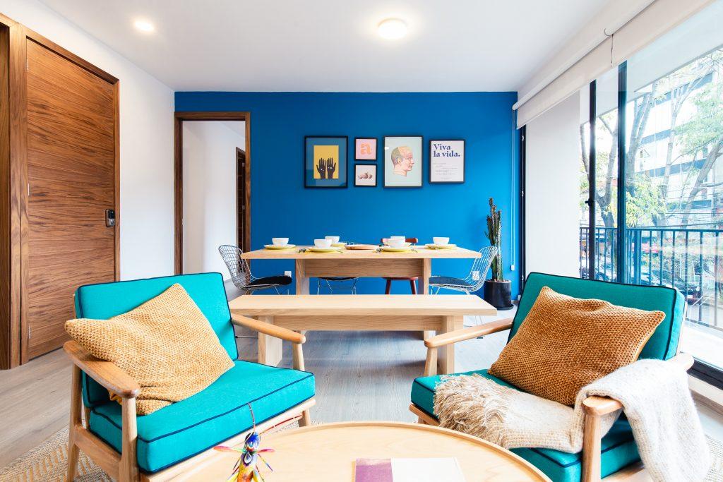 spring 2021 interior design trends maximalism