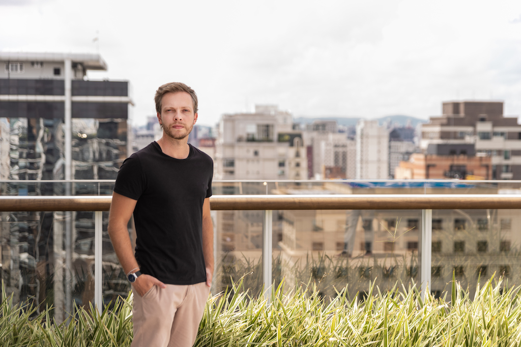 Introducing Casai to Sao Paulo, our General Manager in Brazil, Luis Mazetto