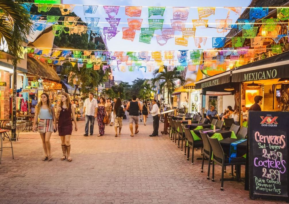 Best things to do in Playa del Carmen Quinta Avenida